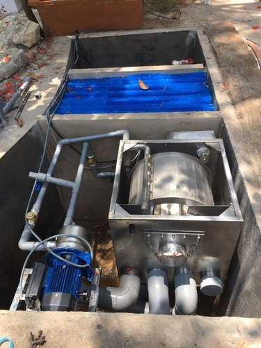 Hệ thống lọc tự động hồ cá koi